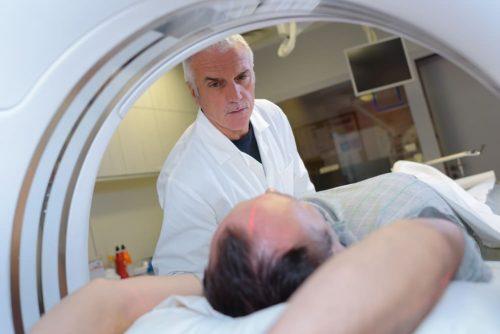 בדיקת בית החזה - MRI a heart-chest MRI examination